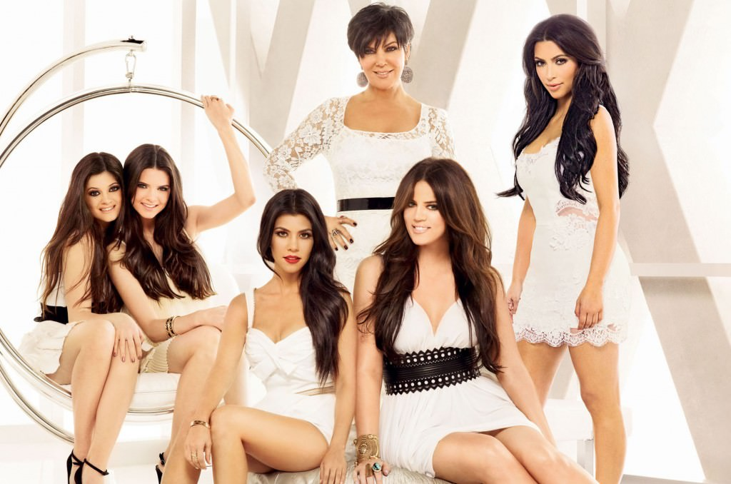 FOR TV WEEK - DO NOT PURGE - E! Keeping up with the Kardashians. Pictured L-R,   Kylie Jenner, Kendall Jenner, Kourtney Kardashian, Kris Jenner, Khloe Kardashian, Kim Kardashian