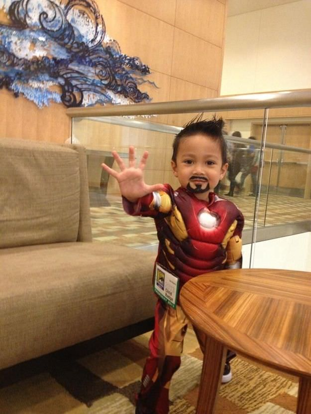 kid cosplay iron man