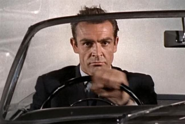 sean-connery-licenza-di-uccidere-james-bond_650x435