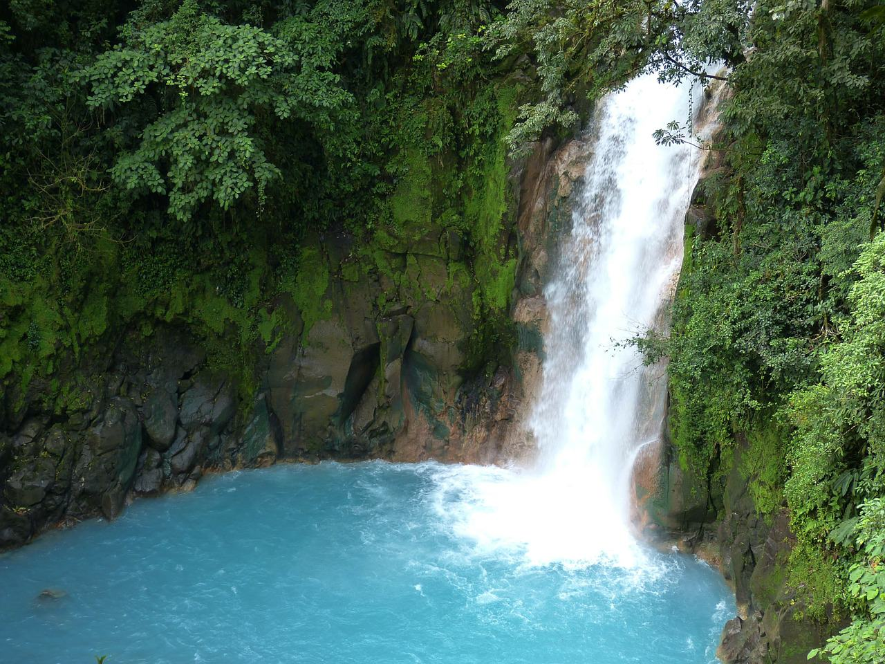 waterfall-285922_1280
