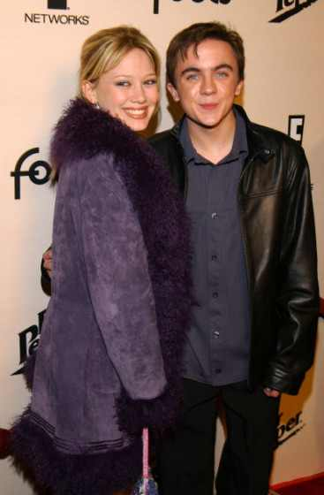 A young Hilary Duff and Frankie Muniz