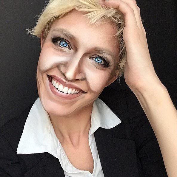 Rebecca Swift as Ellen DeGeneres