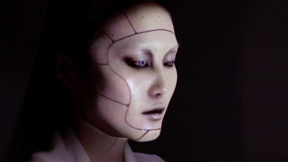 Project face mask, Android from side on