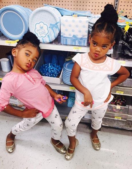 supermodel twins