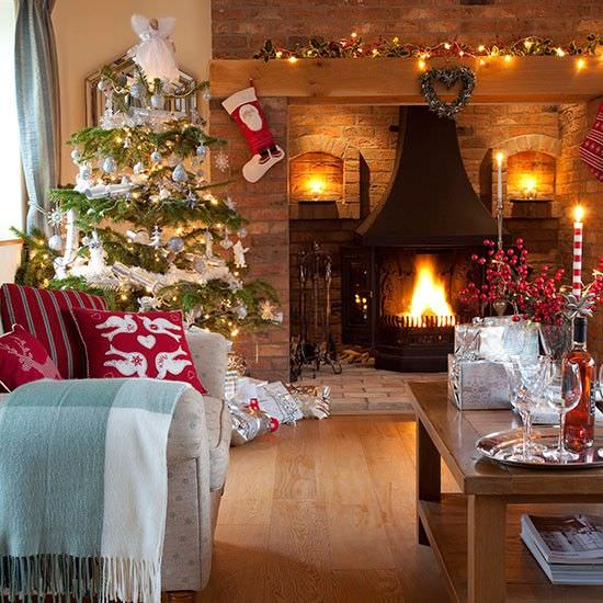 15 great living room christmas decorations ideas for inspriation. Black Bedroom Furniture Sets. Home Design Ideas
