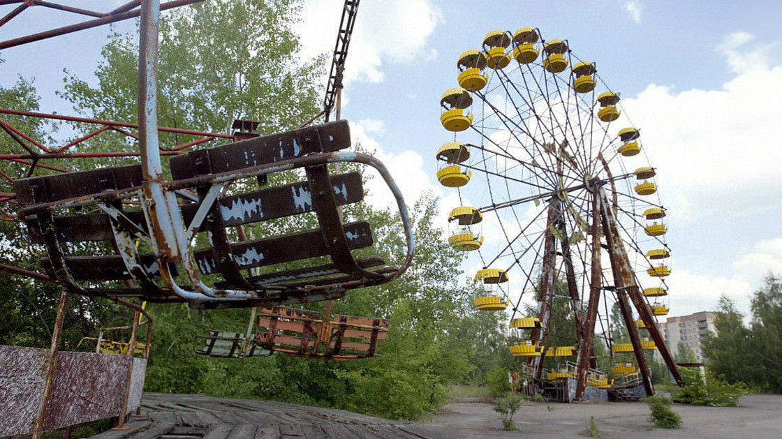 creepy abandoned theme parks 2020-5938dj