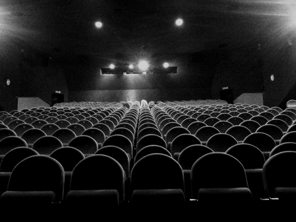 6 Reasons Less and Less People Are Going To The Cinema