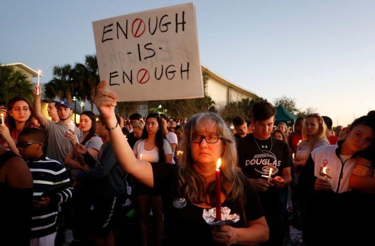 should we ban guns pros cons
